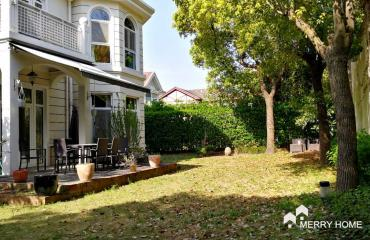 Violet Country Villas | Select your Villa in Xujing Town
